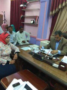 اليوم المستشارة أميرة عمر في لقاء مع رئيس مركز ومدينة دشنا