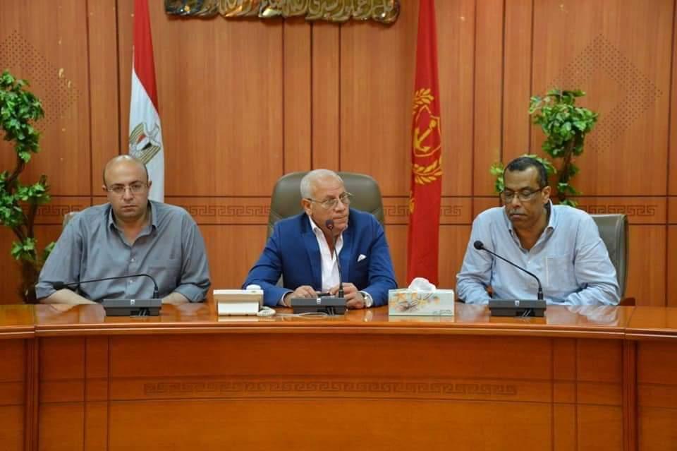 المحافظ يوجه بمتابعة إطلاق المشروع الرقمي لبورسعيد