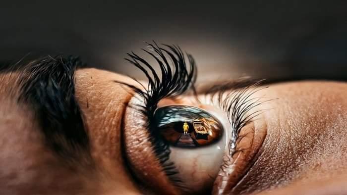 أغذية ضارة بالبصر يحذر الخبراء من تناولها