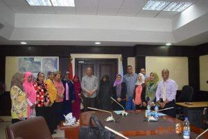 عبد الله يناقش انجازات المجلس القومي للمرأة بالبحر الأحمر