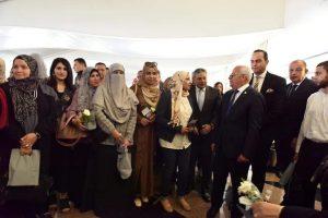 محافظ بورسعيد يلتقي بثاني دفعة من أطباء التأمين الصحي الشامل