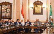 رئيس جامعة القاهرة يلتقي وفدًا روسيًا لبحث مجالات التعاون الأكاديمي