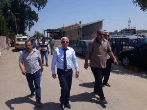 محافظ بورسعيد يتفقد اعمال تطهير الترع بالمحافظة