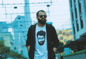 الكوميديان محمدز بوحمد: سعيد بتكريمي في مهرجان الجونة