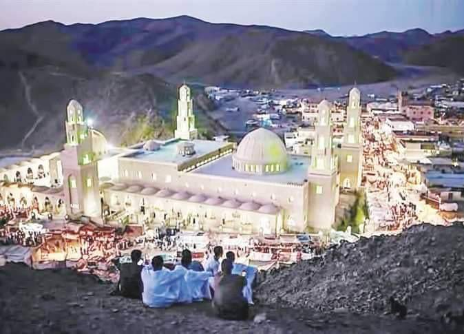 البحر الاحمر من مسجد سيدى أبو الحسن الشاذلى مرس علم