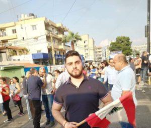 حاتم طي يتضامن مع الثورة اللبنانية بأغنية