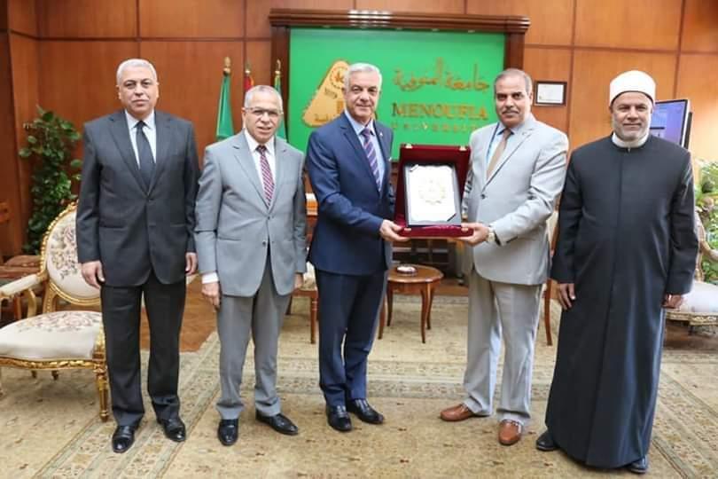 رئيس جامعة المنوفيه يستقبل رئيس جامعة الأزهر