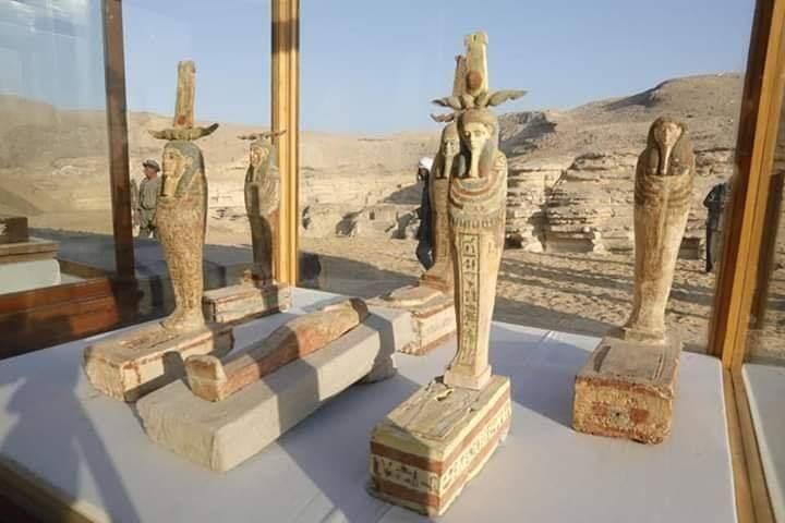 وزير الأثار يعلن عن كشف أثري جديد بمنطقة سقارة الأثرية
