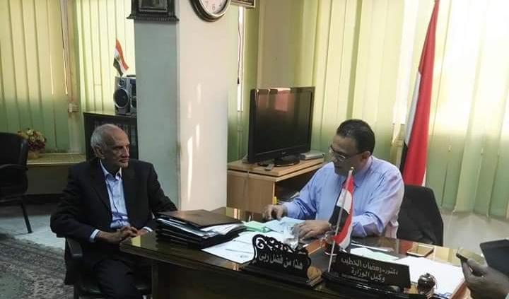 لقاء السيد وكيل وزارة الصحة بالنائب خالد خلف الله بقنا
