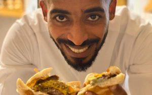 الشيف سلطان الفيصل: استعد للمشاركة في أكبر مسابقة للأكل بشرم الشيخ