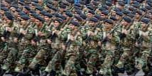 زيارة المرشد الإيرانى علي خامنئى لمنزل سليمانى معزيا، وتهديداته بإنتقام قاس