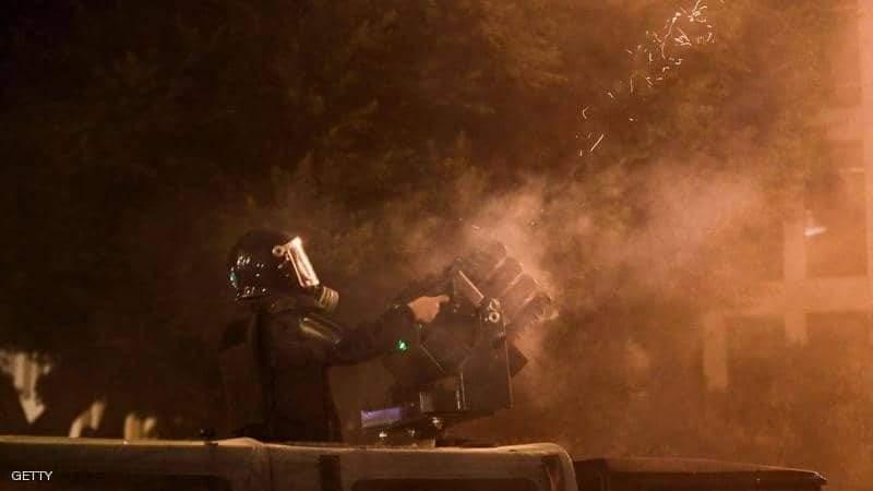 الأمن استخدم قنابل الغاز في تفريق المتظاهرين في بيروت