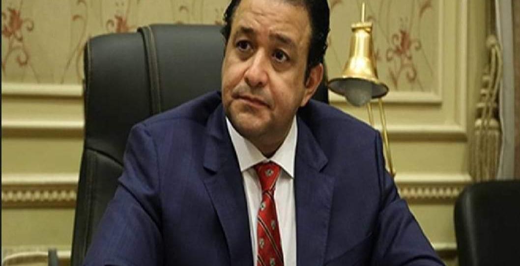 رئيس لجنة حقوق الإنسان بمجلس النواب يدافع على خدمات مركز الصف
