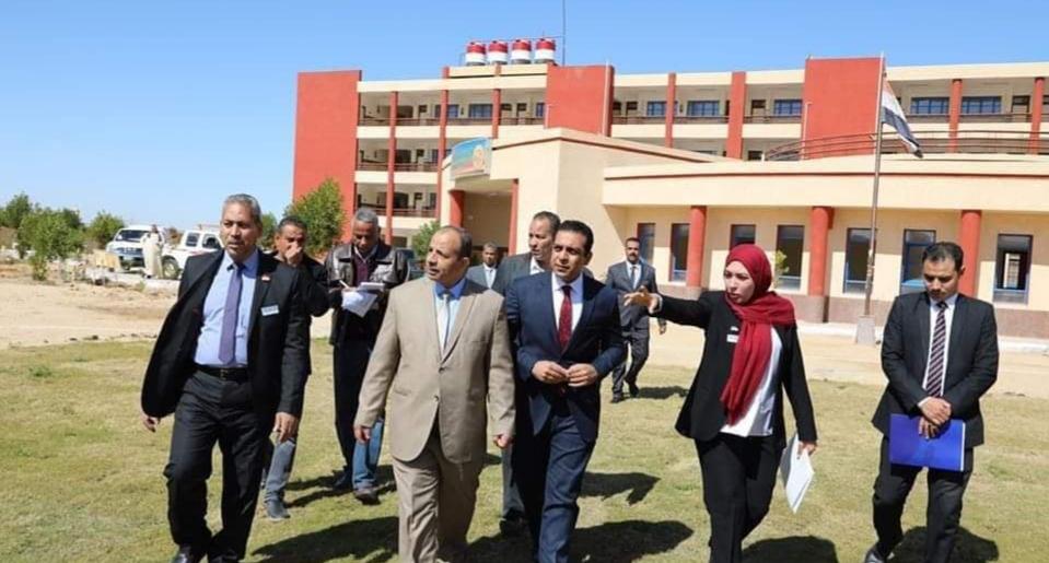 نائب محافظ قنا ووكيل الوزارة يتفقدان المدرسة المصرية اليابانية