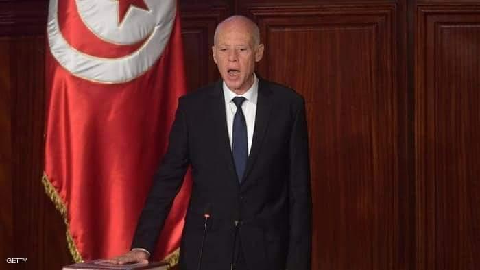 الرئيس التونسي قيس سعيّد يلوح بحل البرلمان والدعوة لانتخابات