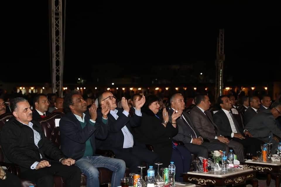 وزير الثقافة ومحافظ قنا يشهدان فعاليات اليوم الثاني من مهرجان دندرة للموسيقى والغناء