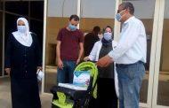 : عجلة وكوفرته هدية محافظ المنوفية لأول مولود داخل العزل الصحي بالباجور