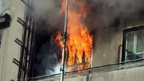 زوجة تشعل النيران في غرفة نومها لرفض زوجها هذا الطلب