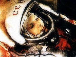 إيفان سافرونوف مسؤل بوكالة الفضاء الروسية تم  اعتقالة بتهمة الخيانة