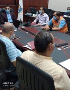غرفة عمليات محافظة قنا تواصل متابعة سير العملية الانتخابية حتي اللحظات الاخيرة