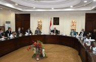 وزير الإسكان يستعرض البدائل المُقترحة لتنمية العاصمة الإدارية الجديدة