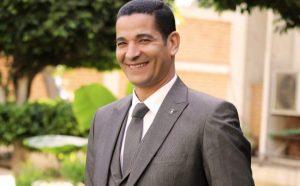 نعرض السيرة الذاتية للدكتور محمد صالح هاشم عميد كلية العلوم الادارية بأكاديمية السادات الجديد