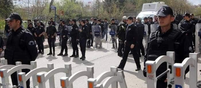 الشرطة التركية ردت بإطلاق النار والغاز المسيل للدموع