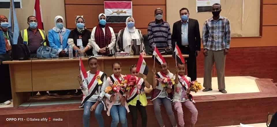 ندوة توعوية مقدمه من القافلة الوافدة من جامعة القاهرة للشلاتين