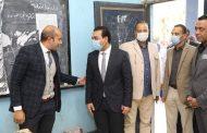 نائب محافظ قنا يتابع سير العملية الإنتخابية فى ثانى أيام التصويت
