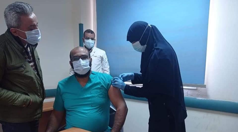 صحة قنا تبدا في تطعيم الاطقم الطبية بلقاح كورونا
