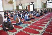 وزيرا الآثار والطيراني المدني يؤديان صلاة الجمعة بالمسجد الكبير بجامعة سوهاج