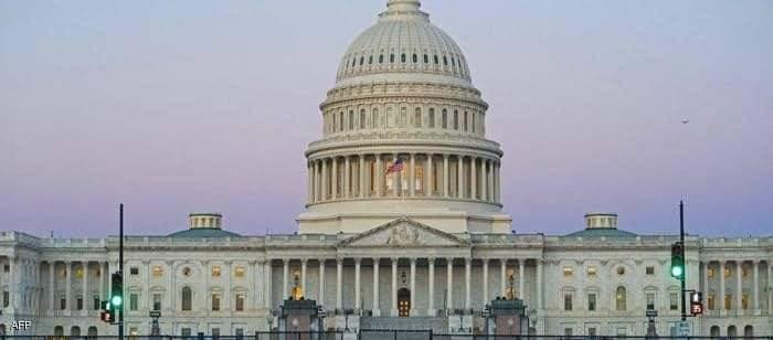 مبنى الكونغرس الأميركي.مقتل شرطي وسائق السيارة عند حاجز الكابيتول
