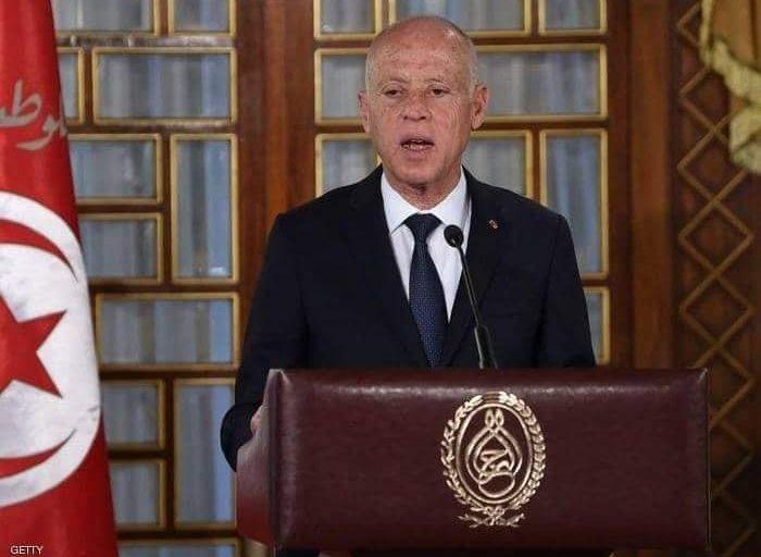 زيارة الرئيس التونسي قيس سعيّد إلى مصر قبل أيام زخما جديدا على صعيد استطلاعات الرأي