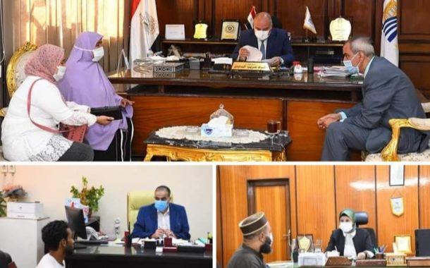 قيادات محافظة قنا تواصل لقاء المواطنين لبحث شكواهم